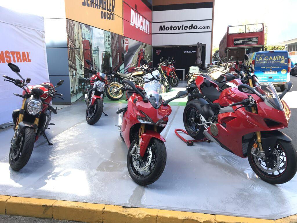 Stand Ducati de Motoviedo en la Feria de Muestras
